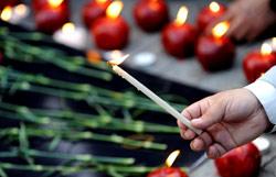 أحيا الأرمن حول العالم الذكرى الـ 95 على المجزرة الأرمنية (أ ف ب)